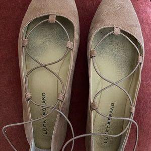 Lucky brand strappy flats size 9